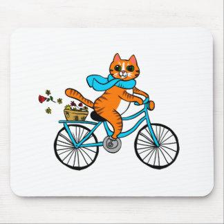 Mousepad Gato que monta uma bicicleta