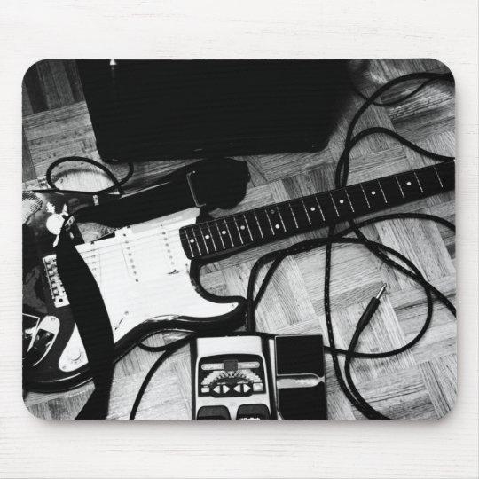 "Mousepad ""Guitarra (Preto e branco)"