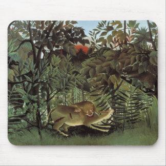 Mousepad Henri Rousseau - o ataque com fome do leão