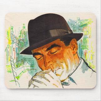 Mousepad Homem do chapéu de Stetson que ilumina um cigarro