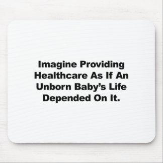 Mousepad Imagine fornecer cuidados médicos para bebês por
