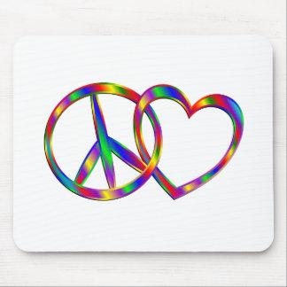 Mousepad Ligando o sinal e o coração de paz