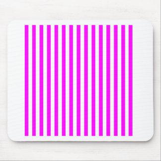 Mousepad Listras finas - branco e fúcsia