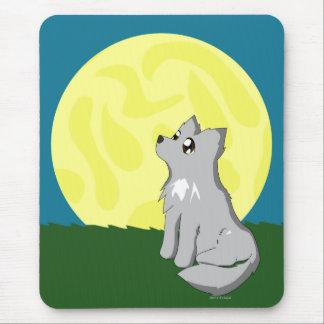 Mousepad Lobo desalinhado bonito com lua