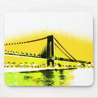 Mousepad maduro da ponte dos amarelos
