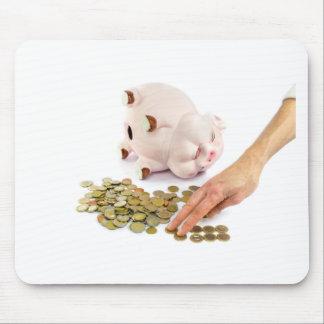 Mousepad Mão que conta euro- moedas do mealheiro