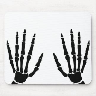 Mousepad Mãos do osso isoladas
