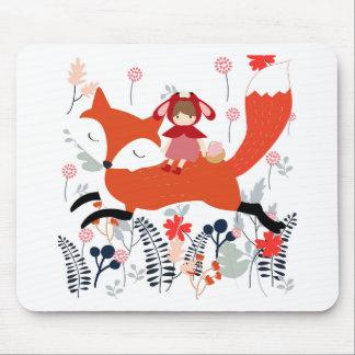 Mousepad Menina e raposa vermelhas da equitação da capa no