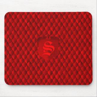 Mousepad Monograma do vermelho carmesim de armadura de