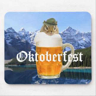 Mousepad Montanhas bonitos de Oktoberfest do Chipmunk