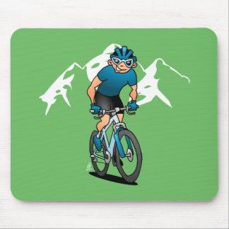 Mousepad MTB - Motociclista da montanha nas montanhas