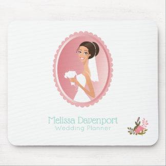 Mousepad Noiva em um vestido de casamento branco que