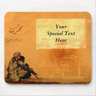 Mousepad Nota militar feita sob encomenda do amor na parede