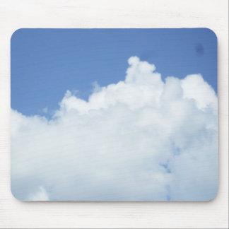 Mousepad Nuvens no céu azul brilhante