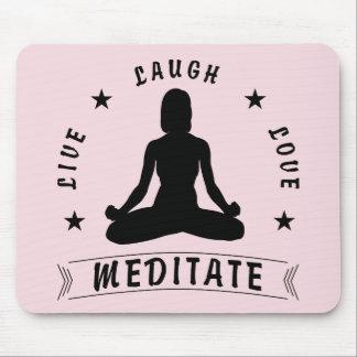 Mousepad O amor vivo do riso Meditate o texto fêmea (o