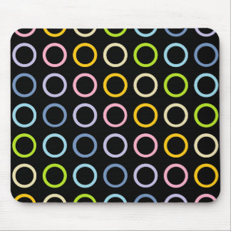 Mousepad O arco-íris Pastel circunda o preto