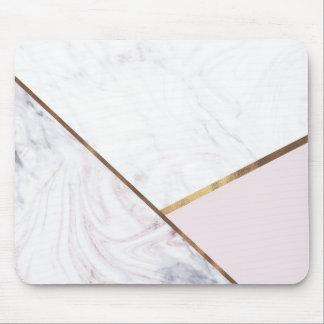 Mousepad O redemoinho cor-de-rosa do mármore do ouro & cora