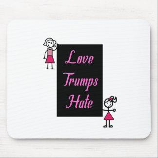 Mousepad Ódio cor-de-rosa dos trunfos do amor das mulheres