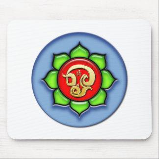 Mousepad OM (Tamil) vermelho, verde, azul
