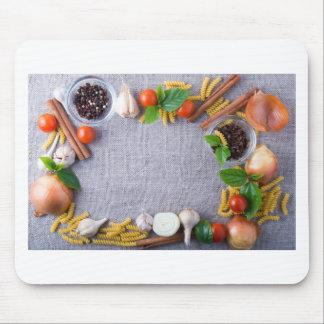 Mousepad Os ingredientes de comida são instalados como um