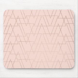 Mousepad Os triângulos geométricos do ouro cor-de-rosa na