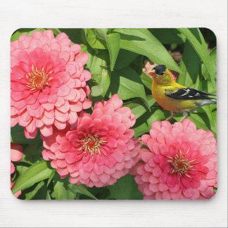 Mousepad Passarinho e flores amarelos -