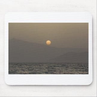 Mousepad Por do sol sobre montanhas da ilha de Paros