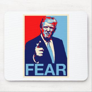 """Mousepad Poster 2017 da paródia do """"medo"""" de Donald Trump"""