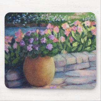 Mousepad Pote e flores do Jardim-Close up-Ouro de Elaine