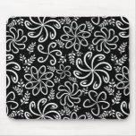 Mousepad preto e branco bonito