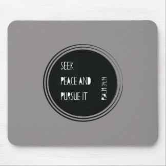 Mousepad Procure a paz e leve-á cabo