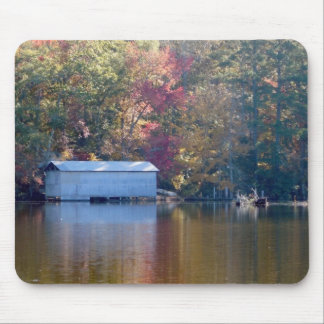 Mousepad Reflexão bonito - Boathouse pela água