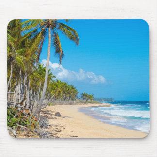 Mousepad Relaxando o Sandy Beach, dome ondas, palmeiras