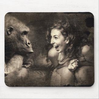 Mousepad Riso do gorila do fazer da mulher
