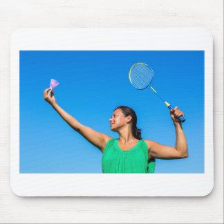 Mousepad Saque colombiano da mulher com raquete de