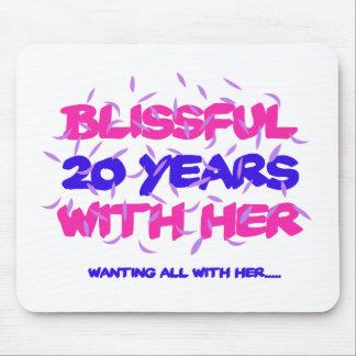 Mousepad Tendendo o 20o design do aniversário do casamento