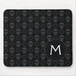 Mousepad Teste padrão preto dos crânios e das engrenagens