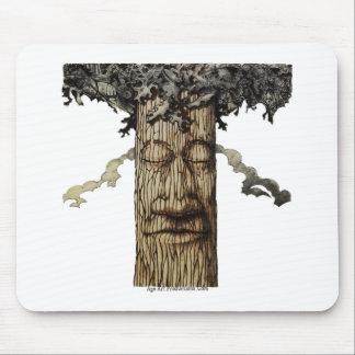 Mousepad Um cobrir poderoso da árvore