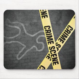 Mousepad Um esboço de uma pessoa em uma rua. Assassinato?