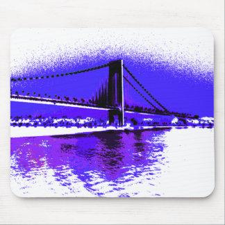 Mousepad violeta da ponte de Verrazano