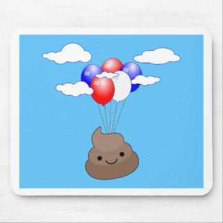 Mousepad Vôo de Poo Emoji com os balões no céu azul