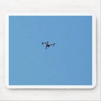 Mousepad Zangão de Hoovering contra a simplicidade do céu