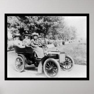 Movimentação 1907 do automóvel de domingo poster