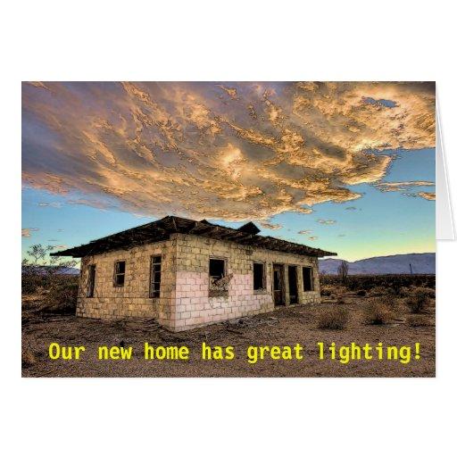 Mudança da grande iluminação de endereço engraçada cartoes