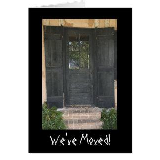 Mudança da porta de endereço de madeira velha cartão de nota