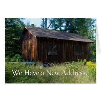 Mudança de endereço: Casa nas madeiras Cartão Comemorativo