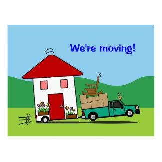 Mudança engraçada do endereço nós estamos movendo  cartão postal