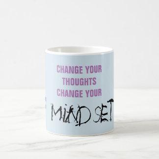 Mude seus pensamentos - caneca das citações