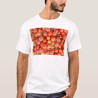 Muitos grupos de tomates vermelhos da videira camiseta