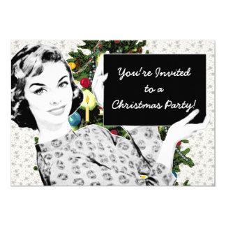 mulher dos anos 50 com um sinal do Natal Convite 12.7 X 17.78cm